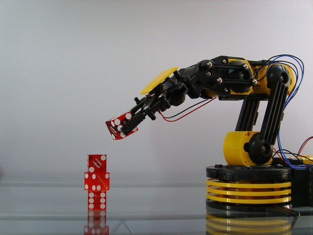 Robotic Arm Lifting Dice.jpg